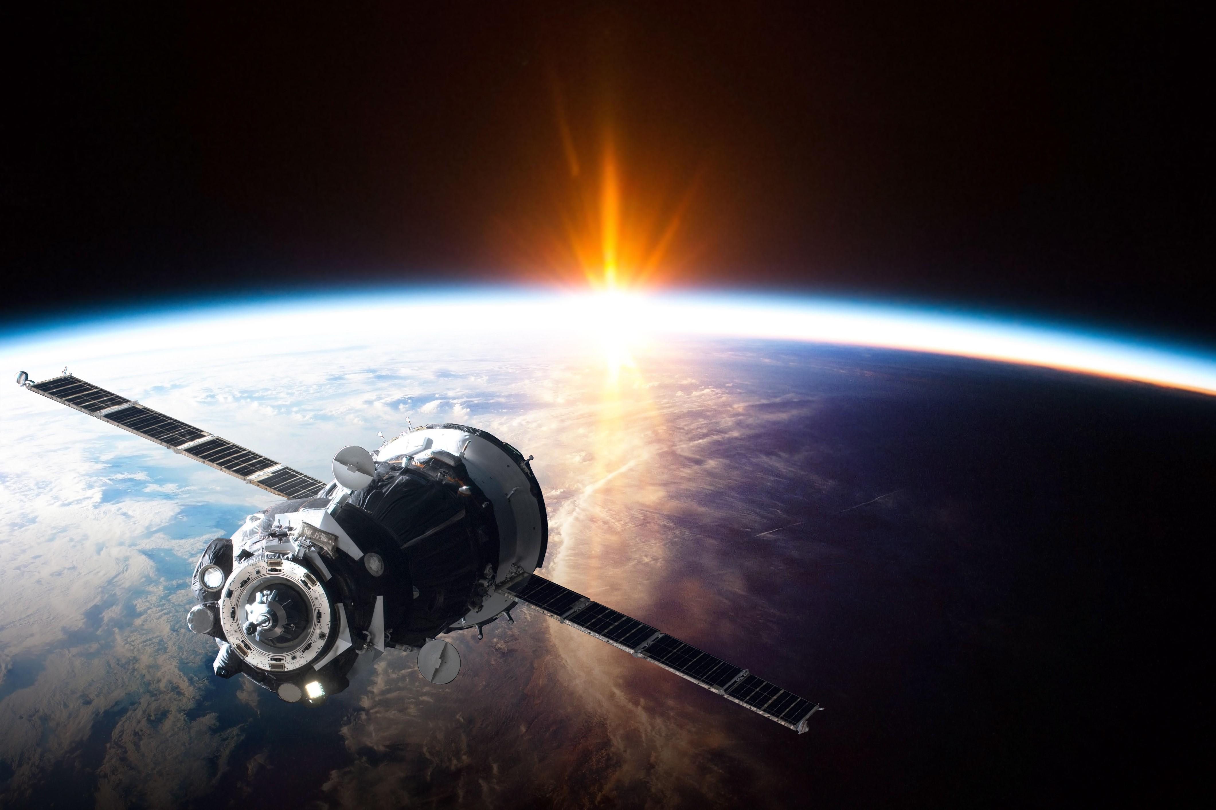 人工衛星と地球